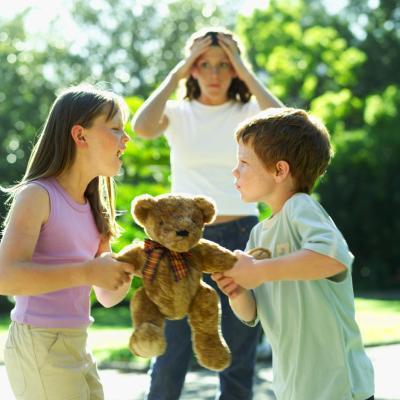Tecniche di risoluzione dei conflitti da utilizzare con bambini prepotente