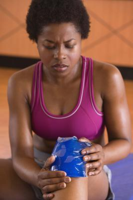 Come allenamento con un infortunio al ginocchio ACL
