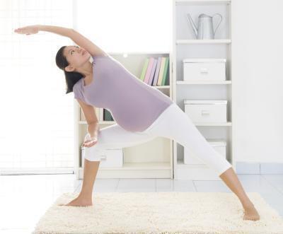 Esercizi di ginnastica sicuro durante la gravidanza
