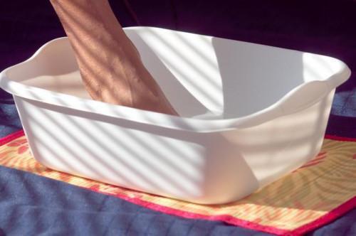 Come utilizzare i sali di Epsom per mal di piedi