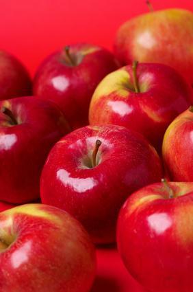 Quali sono i benefici dell'aceto di sidro di Apple per ripulire il sistema?