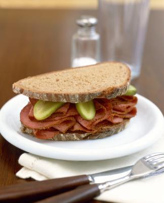Mangiare carboidrati e proteine separatamente