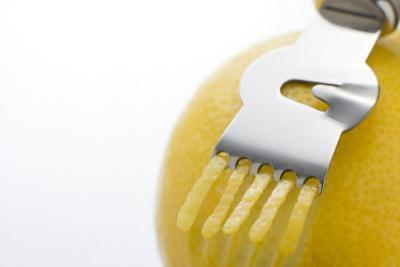Benefici nutrizionali di bucce di limone