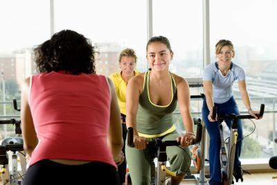Fa esercizio due volte una perdita di peso migliora giorno