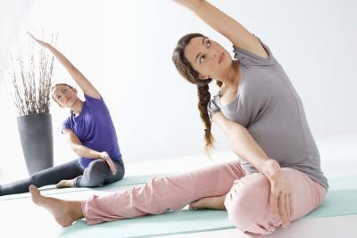 Asana di Yoga sicuro per le donne incinte