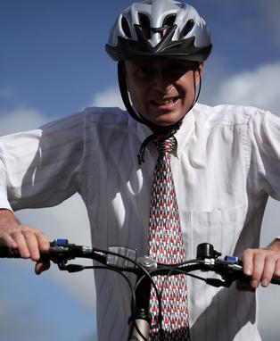 Come rimuovere il manubrio della bicicletta
