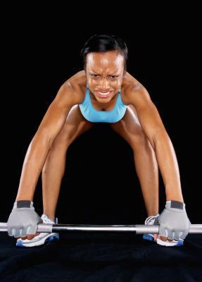 Quali sollevamento pesi esercizio brucia più grasso?