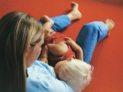 Che cosa è il riflesso di rondine nei neonati?