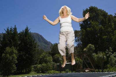 Quanto peso perderò saltando su un trampolino?