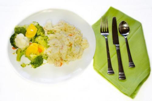 Come cucinare il Couscous in una pentola di riso