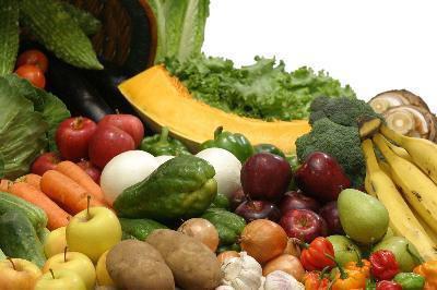 Quali sono i vantaggi di mangiare il tuo fabbisogno giornaliero di frutta e verdura?