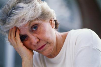 Sono mal di testa legato al basso della dopamina o la serotonina?