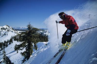 Cosa indossare sul viso quando lo sci in neve fresca