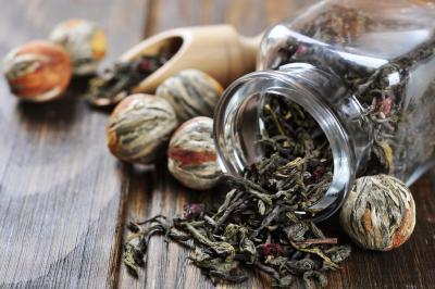 Acqua potabile & tè aiuta perdere peso?