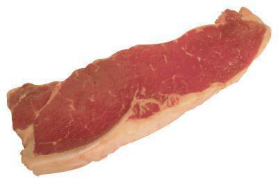 Come cucinare una bistecca nel burro sul fornello in una padella