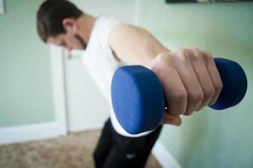 Facile da fare esercizi per tono schiena grassa a casa
