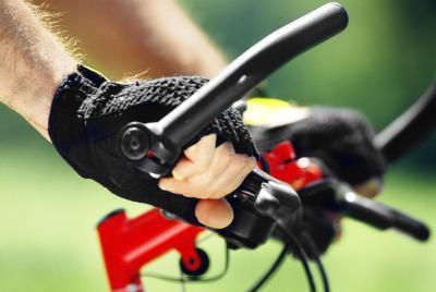 Escursioni in bicicletta con nervi schiacciati