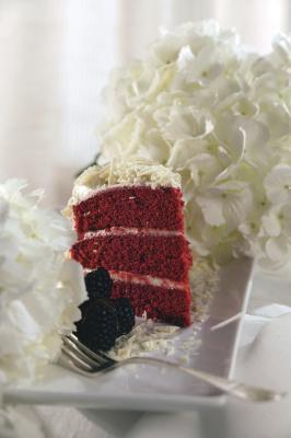 Trucchi per la cottura di una torta di velluto rosso da una casella