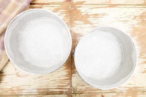 Come cuocere una torta veloce senza lievito in polvere o di Estratto di vaniglia