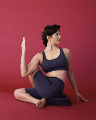 Tre pose di Yoga per mantenere in buona salute