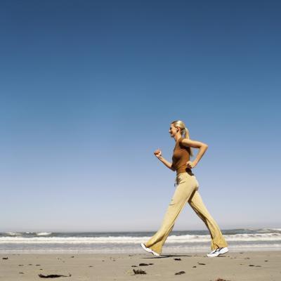 20 minuti a piedi un giorno mi aiuterà perdere peso?