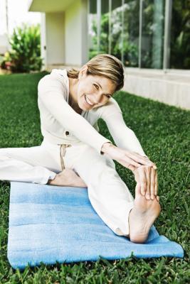 Esercizi per ridurre i crampi alle gambe notturni