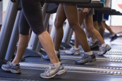 Esercizi per dimagrire le cosce & gambe