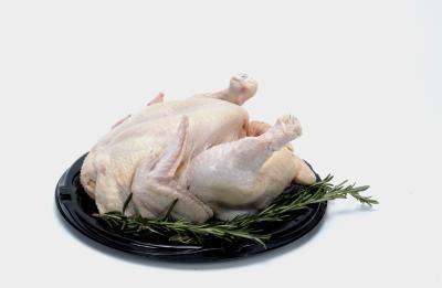 come cucinare un pollo intero per zuppa