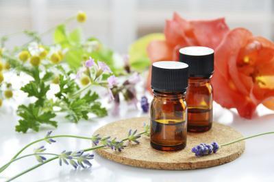 Olio di geranio per la cura della pelle