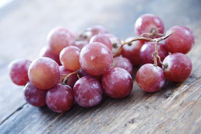 Benefici di nutrizione dell'uva rossa