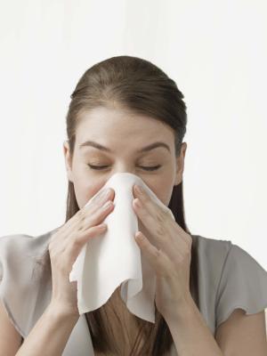 Rimedio domestico per il naso che cola e starnuti