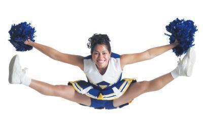 Come fare un calcio alto per Cheerleaders