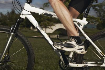 Come risolvere il braccio di manovella sulla tua moto quando esso mantiene scricchiolio
