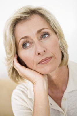 Possono vitamine che permettono di migliorare i livelli di estradiolo in donne in menopausa?