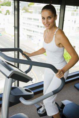 Come fare allenamento ad alta intensità su una macchina ellittica