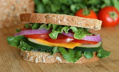 I cibi migliori per mangiare per perdere peso e non sentire fame