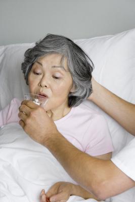 Perché è necessaria una dieta liquida limpido dopo l'anestesia?