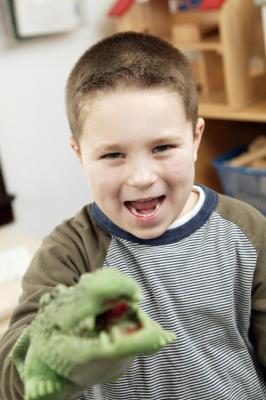 Attività online per insegnare ai bambini il Teatro di figura