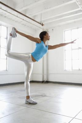 Come migliorare a Bikram Yoga Poses