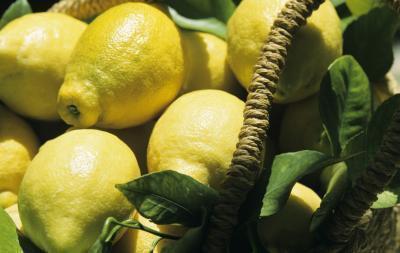 Alimenti con acido citrico