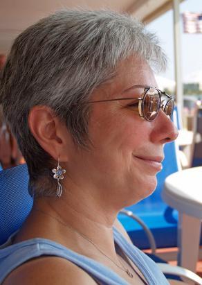 Sintomi di problemi alla tiroide in una donna di 42 anni