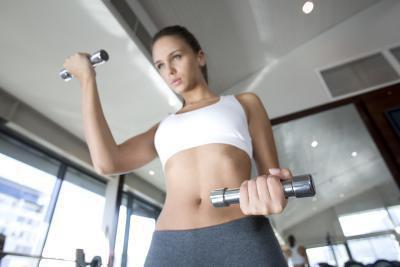 Sollevamento pesi & dolore addominale