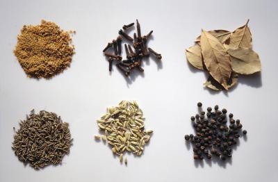 Può olio di semi di lino rendono il vostro periodo mestruale in ritardo?