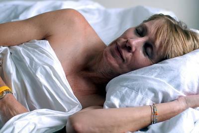 Come dormire con dolore di artrite dell'anca