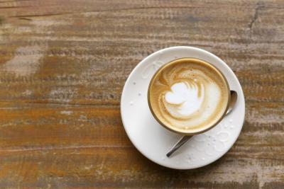 Il consumo del caffè & cellule bianche del sangue nelle Urine