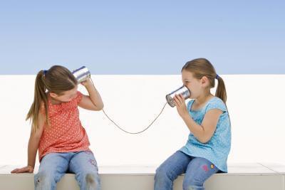 Giochi di discorso che si concentrano sullo sviluppo pragmatico nei bambini