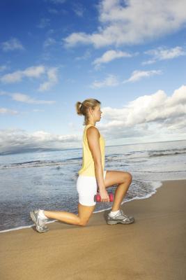 Ab intensi allenamenti per ottenere un corpo di spiaggia in 30 giorni