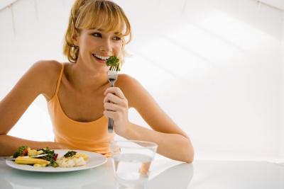 È meglio mangiare prima o dopo un allenamento per perdere peso?