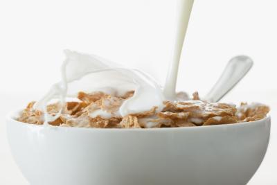 Cereali da colazione contenenti calcio
