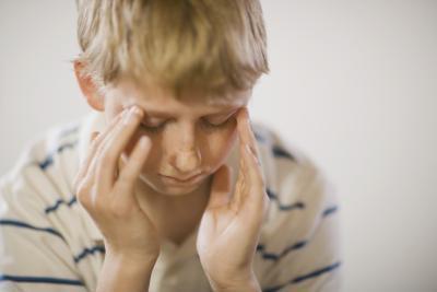 Come aiutare i bambini a far fronte con un padre assente